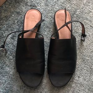 Madewell Slingback Sandals in Black Leather